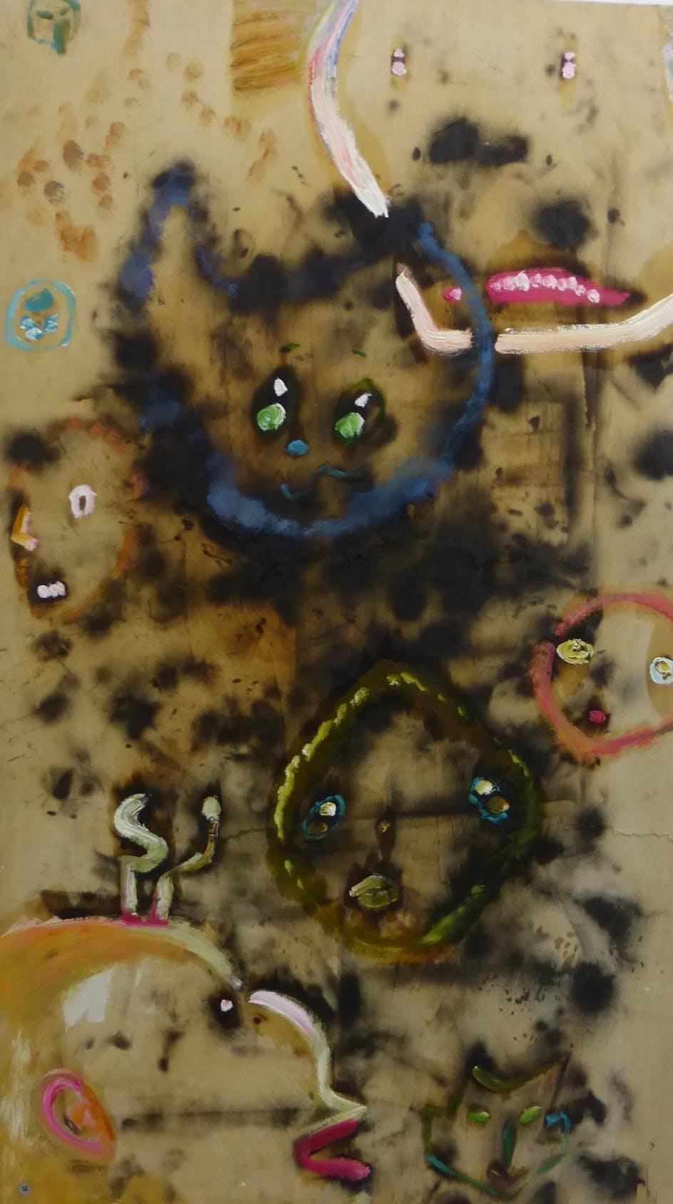 焼け跡の中の生き物達 / creatures in the burn mark