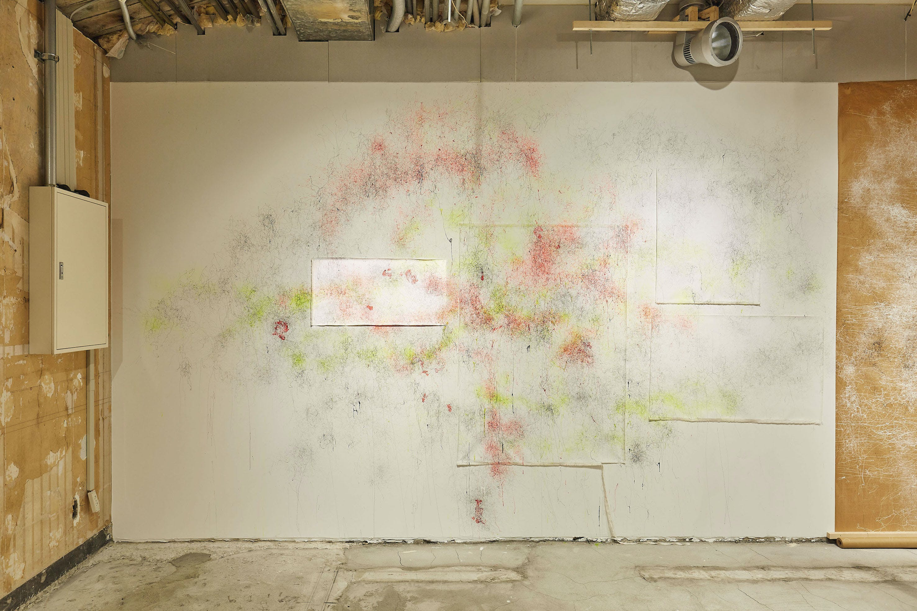 "The mural ""2●21×ANREALAGE_Drifting Line"""